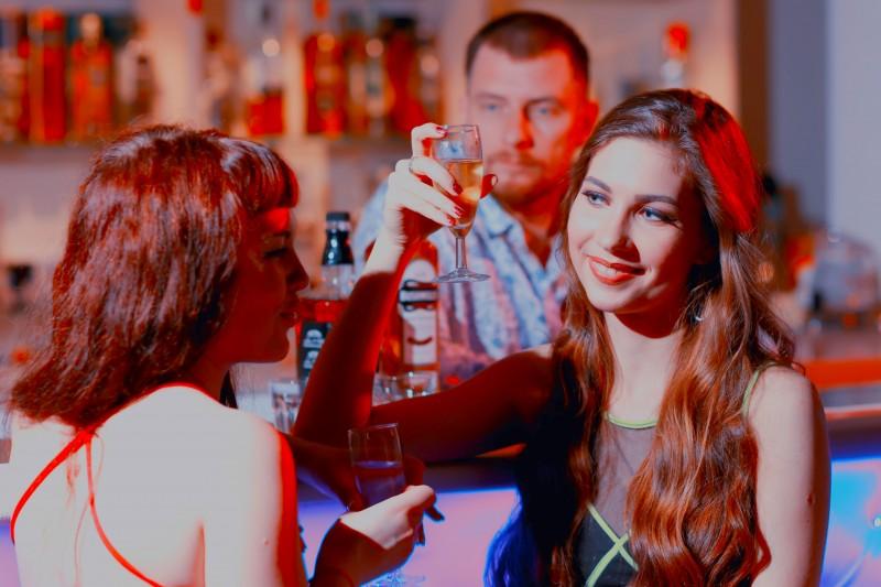 вечеринки для знакомств сочи